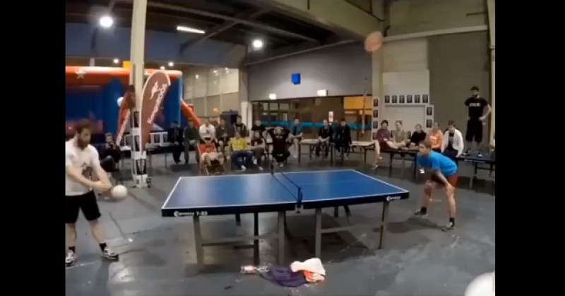 Silly head table tennis